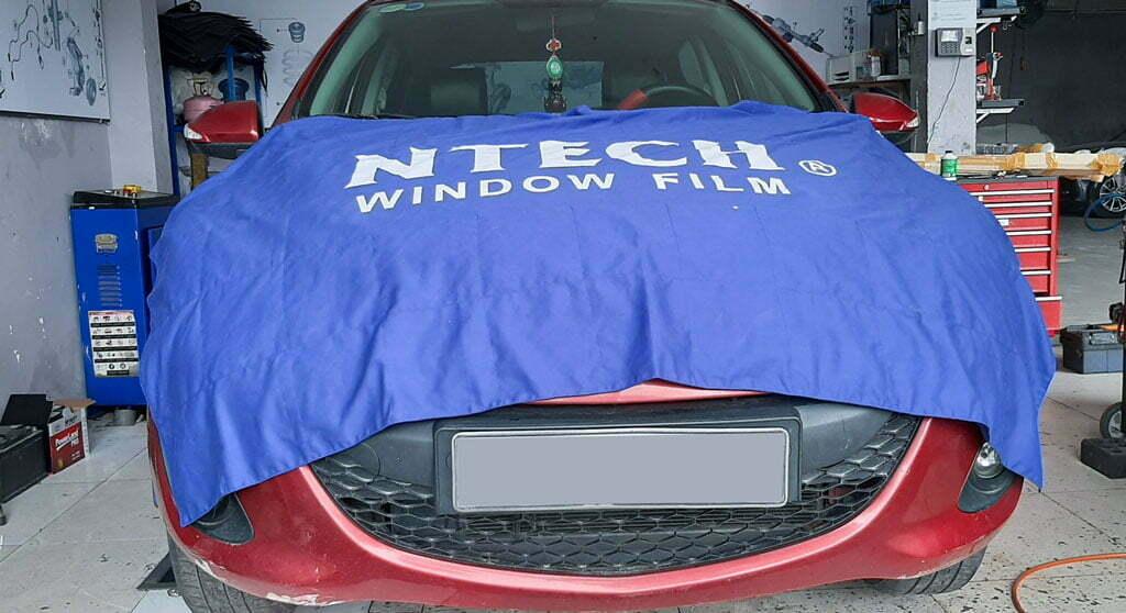 Dán phim cách nhiệt Ntech tại đại thống